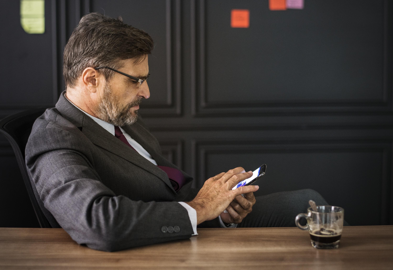 https://www.starfishpeople.com/wp-content/uploads/2019/11/adult-american-boss-break-time-business-businessman-1432223-pxhere.com_.jpg